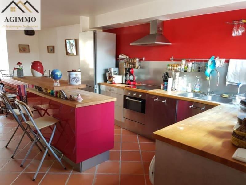 Vente maison / villa L isle jourdain 250000€ - Photo 2