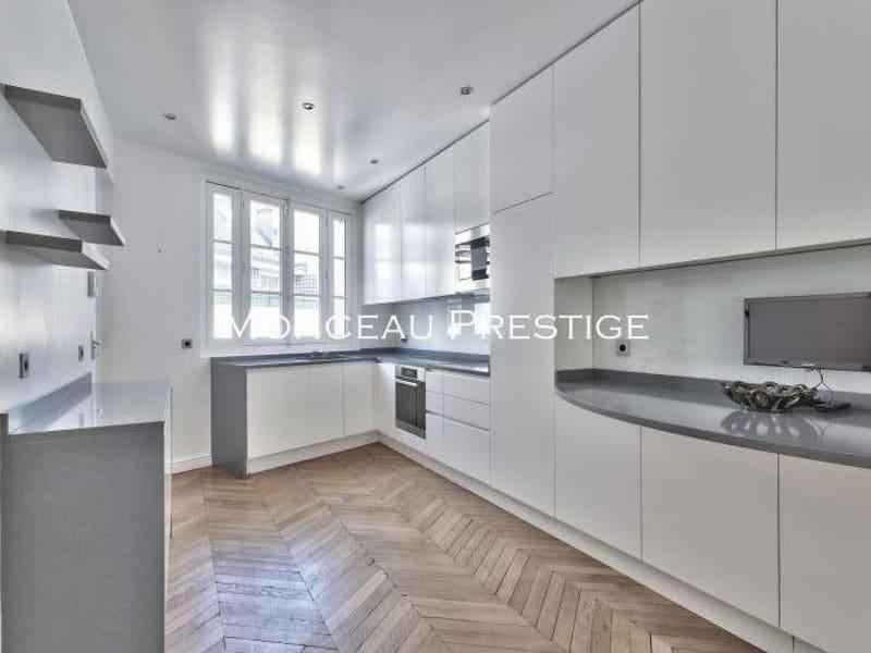 Location appartement Paris 8ème 12000€ CC - Photo 2