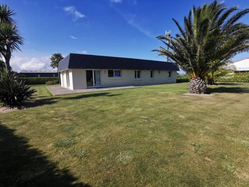 Sale house / villa Louannec 301600€ - Picture 1