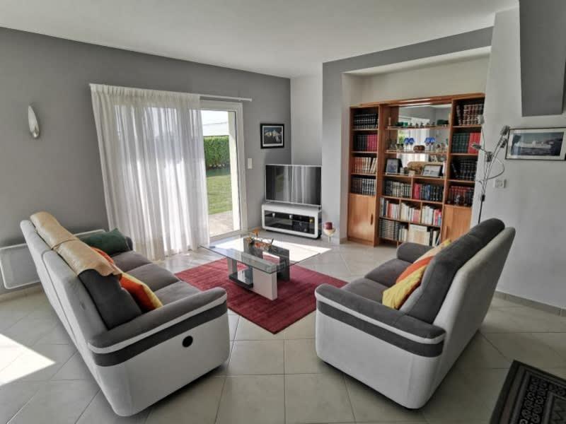 Sale house / villa Louannec 301600€ - Picture 4