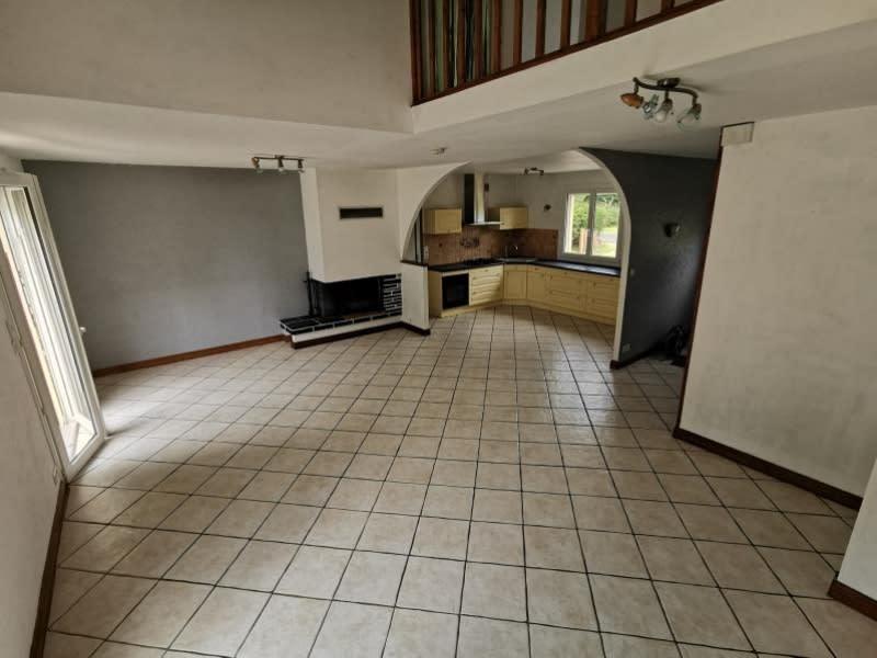 Sale house / villa Louannec 199500€ - Picture 2