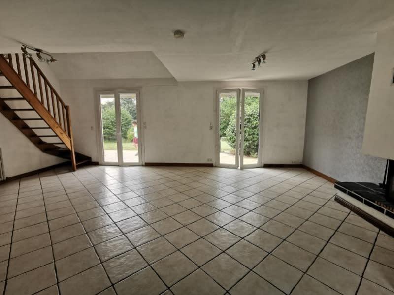 Sale house / villa Louannec 199500€ - Picture 4