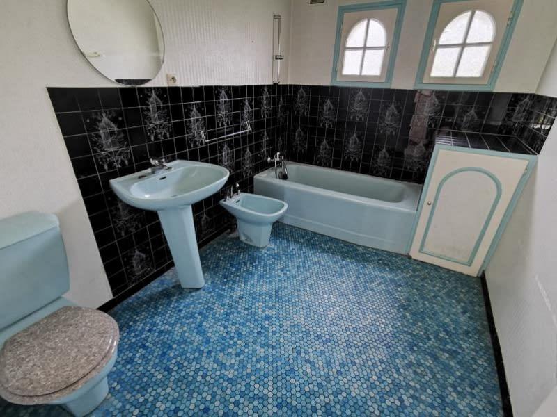 Sale house / villa Louannec 199500€ - Picture 6