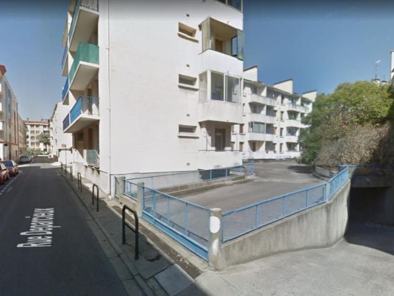 Location parking Nimes 305€ CC - Photo 1