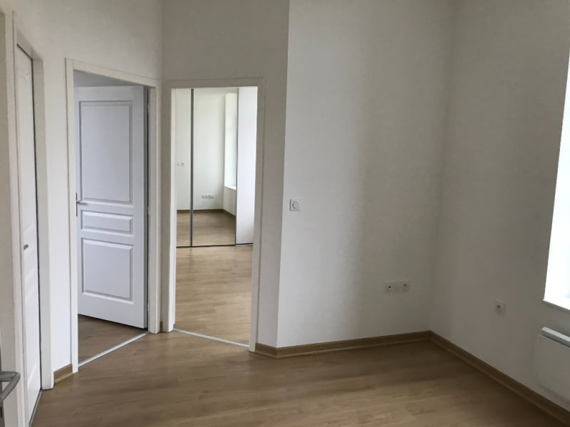Location appartement Saint omer 710€ CC - Photo 4