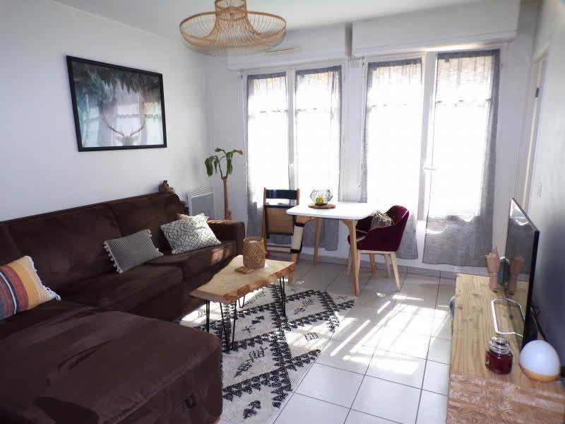 Sale apartment Buc 199500€ - Picture 1
