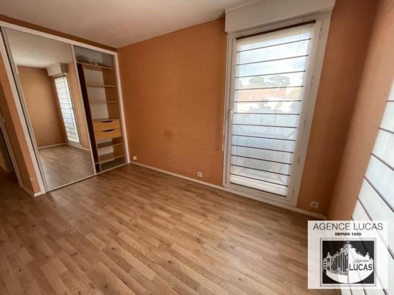 Rental apartment Verrieres le buisson 960€ CC - Picture 3