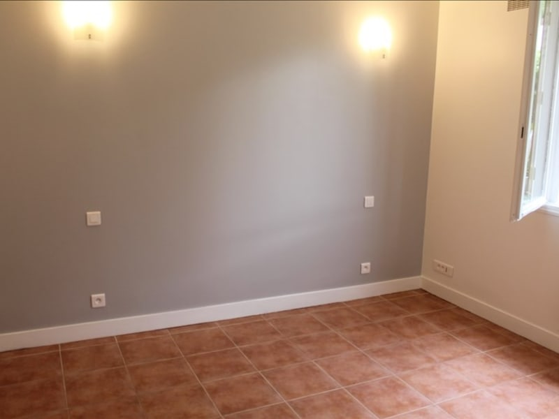 Rental apartment Clamart 890€ CC - Picture 3