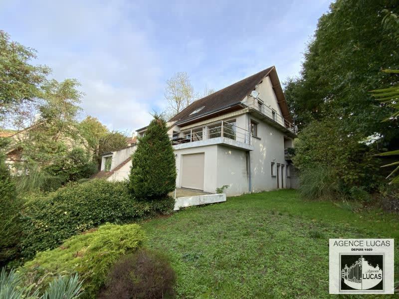 Sale house / villa Verrieres le buisson 1300000€ - Picture 1
