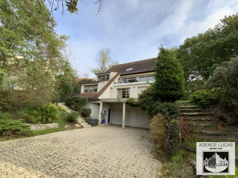 Sale house / villa Verrieres le buisson 1300000€ - Picture 2