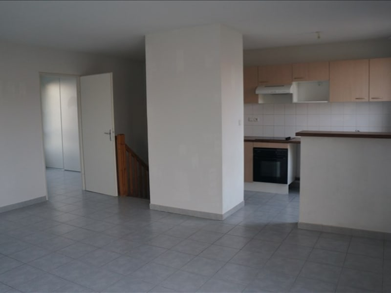 Location maison / villa Castelnaudary 708,88€ CC - Photo 6