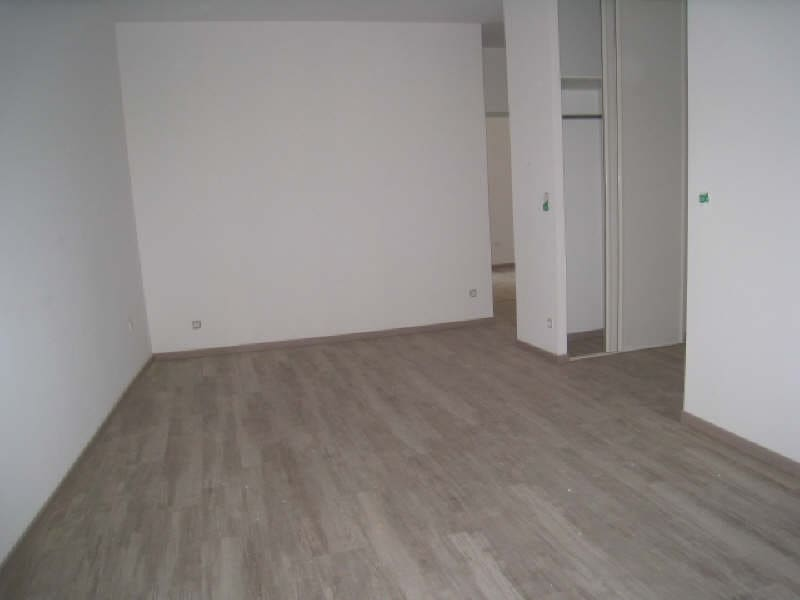 Sale apartment Carcassonne 77 500€ - Picture 2