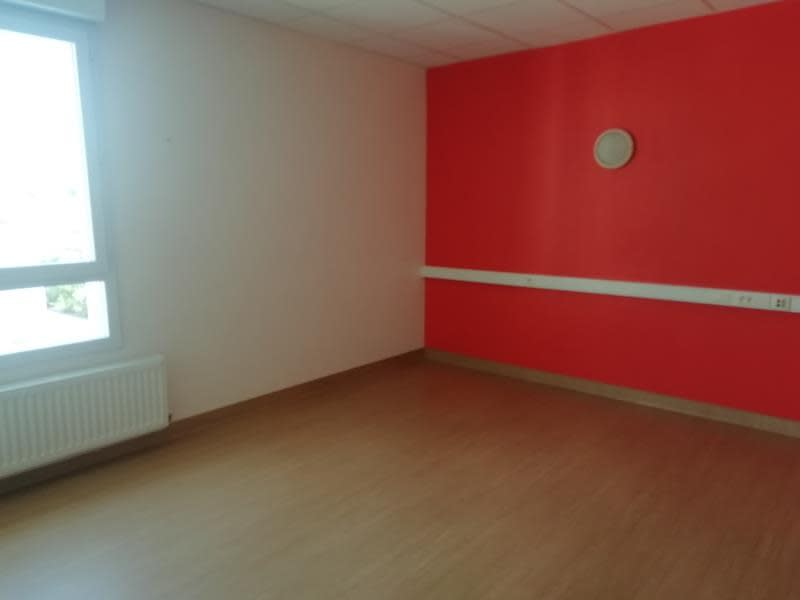 Rental apartment Tournon-sur-rhone 1 200€ CC - Picture 2