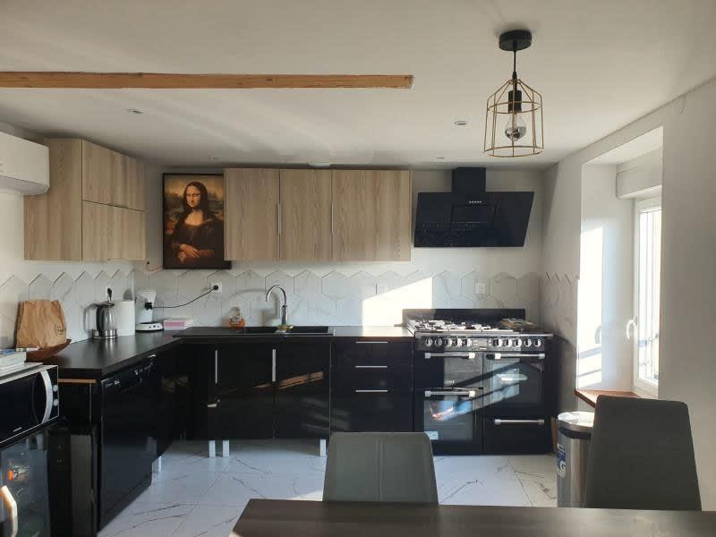 Sale apartment Cessieu 149900€ - Picture 1
