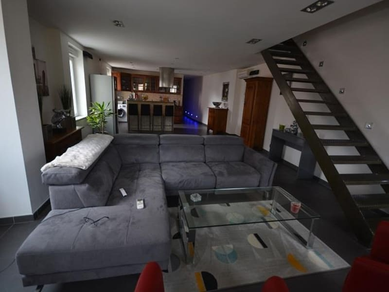 Sale apartment Les abrets 148 000€ - Picture 1