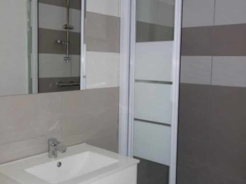 Rental apartment Le coteau 320€ CC - Picture 3