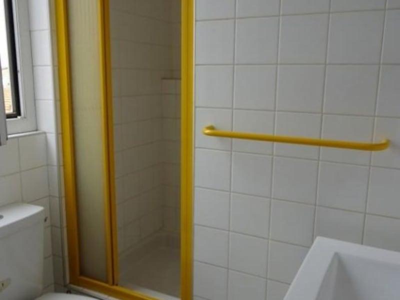 Location appartement Roanne 280€ CC - Photo 4