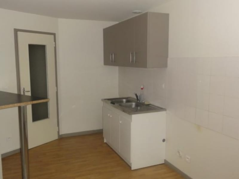 Location appartement Roanne 397€ CC - Photo 2