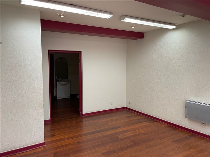 Location local commercial Roanne 450€ HC - Photo 3