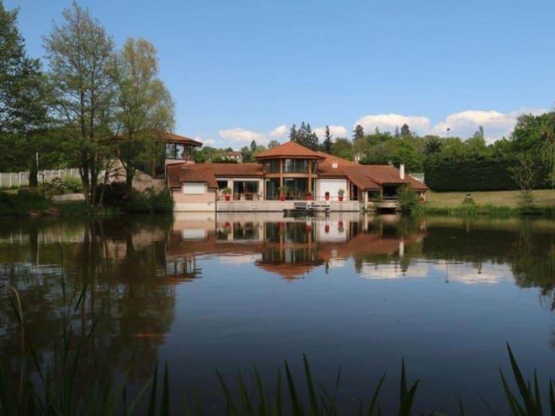 Sale house / villa Saint-vincent-de-boisset 735000€ - Picture 2