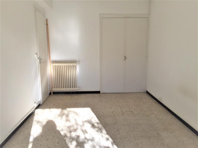 Rental apartment Aix en provence 871€ CC - Picture 3