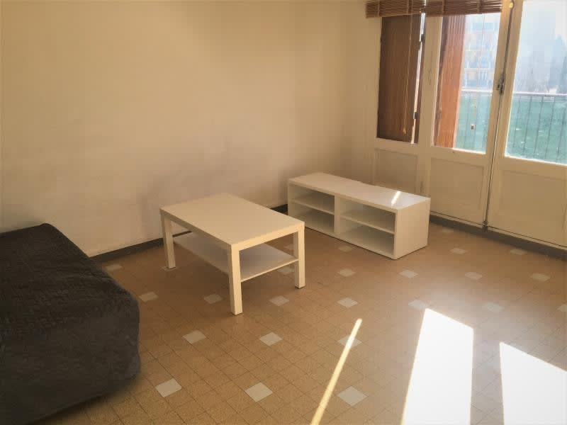 Rental apartment Aix en provence 542€ CC - Picture 2