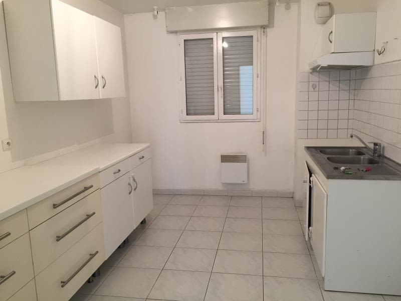 Location appartement Aix en provence 1402€ CC - Photo 3