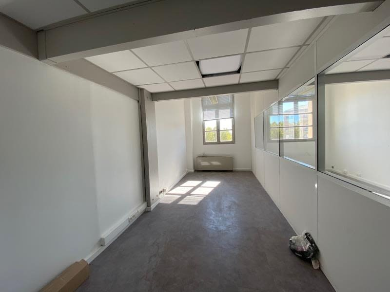 Rental empty room/storage Aix en provence 2700€ HC - Picture 6