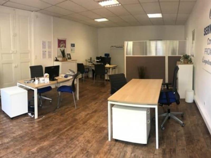 Rental empty room/storage Salon de provence 850€ HC - Picture 1