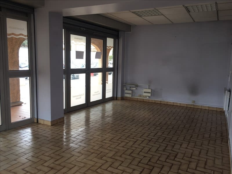 Rental empty room/storage Le tholonet 900€ HC - Picture 2