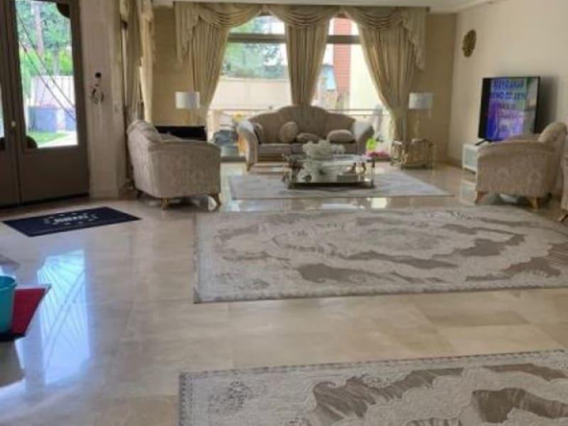 Deluxe sale house / villa Villemonble 1250000€ - Picture 2
