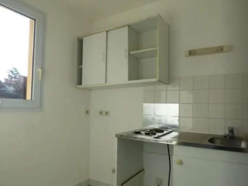 Location appartement Verneuil sur seine 599€ CC - Photo 3