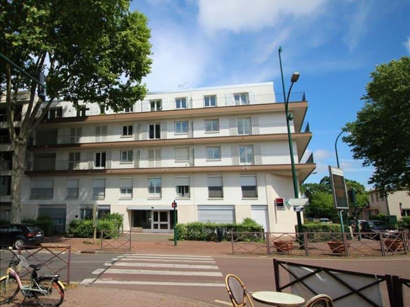 Sale apartment Le vesinet 690000€ - Picture 1