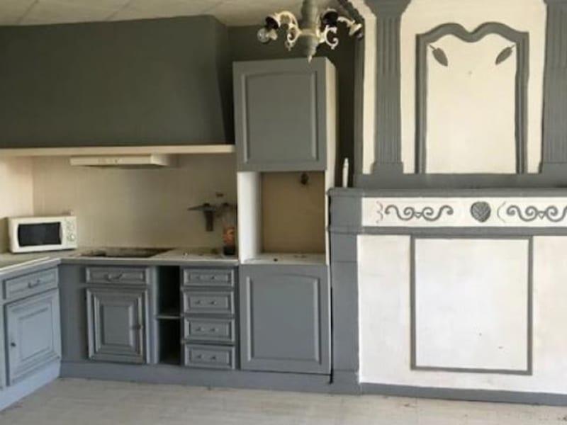 Sale house / villa Chepniers 110000€ - Picture 4