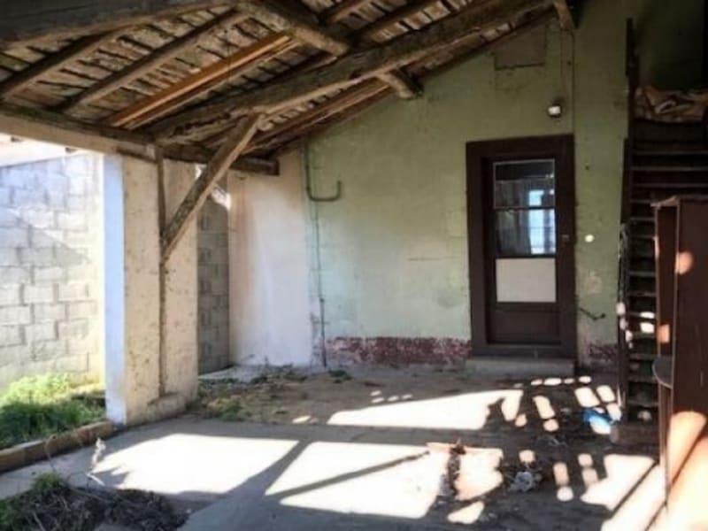 Sale house / villa Chepniers 110000€ - Picture 9