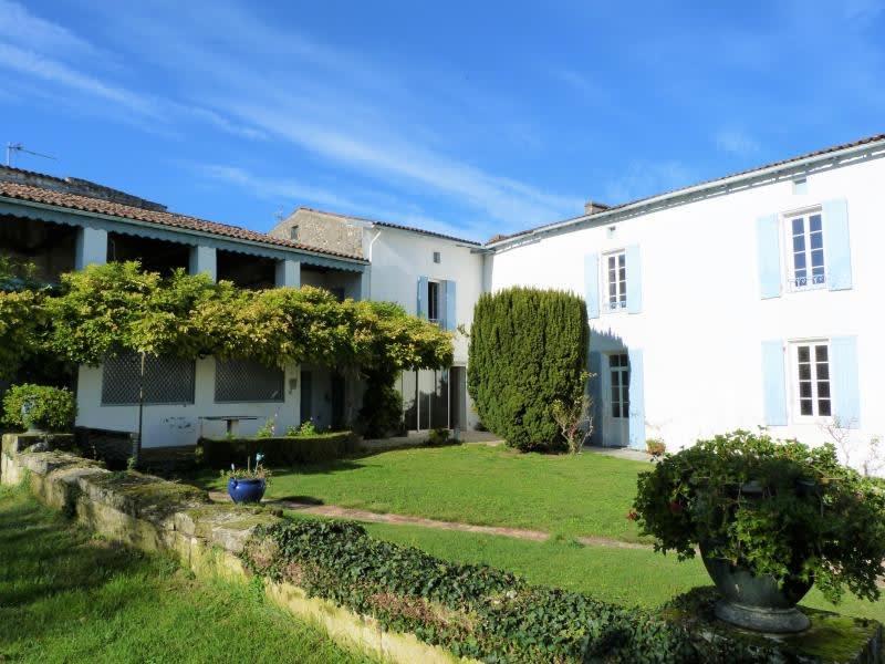 Sale house / villa St andre de cubzac 328600€ - Picture 1