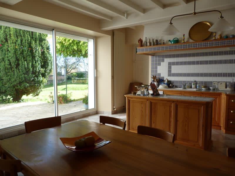 Sale house / villa St andre de cubzac 328600€ - Picture 8