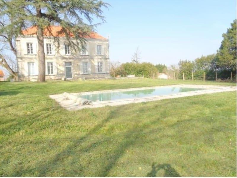 Sale house / villa Lapouyade 348000€ - Picture 1