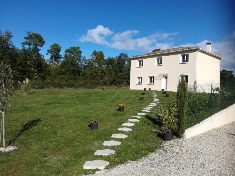 Sale house / villa St andre de cubzac 272000€ - Picture 1