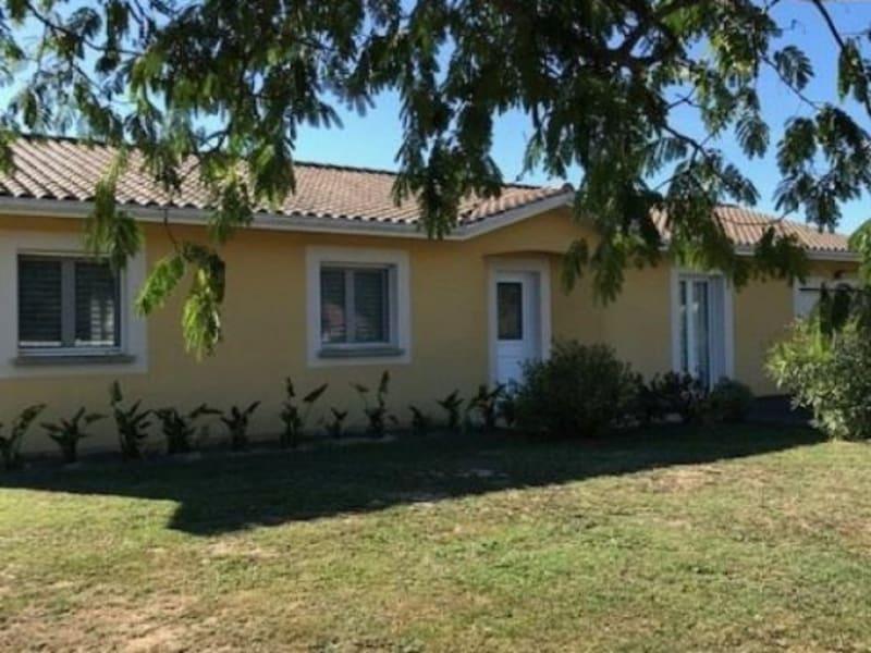 Sale house / villa Lapouyade 217000€ - Picture 1