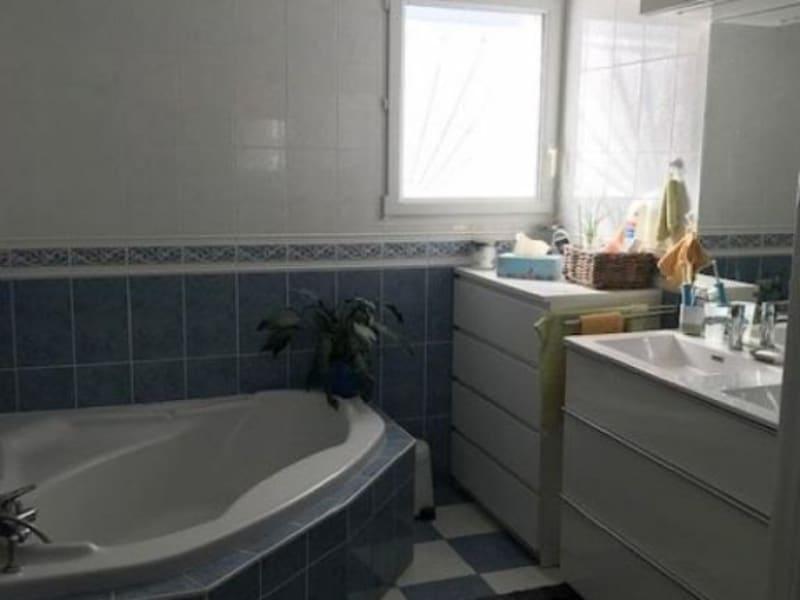 Sale house / villa Lapouyade 217000€ - Picture 11
