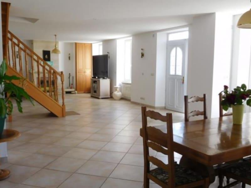 Sale house / villa Pugnac 267000€ - Picture 2