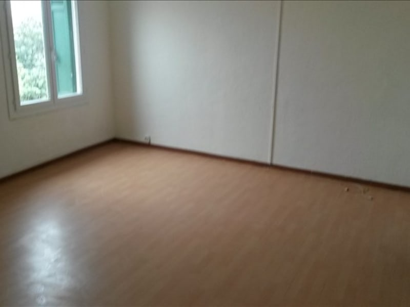 Location appartement Sollies pont 626,05€ CC - Photo 3