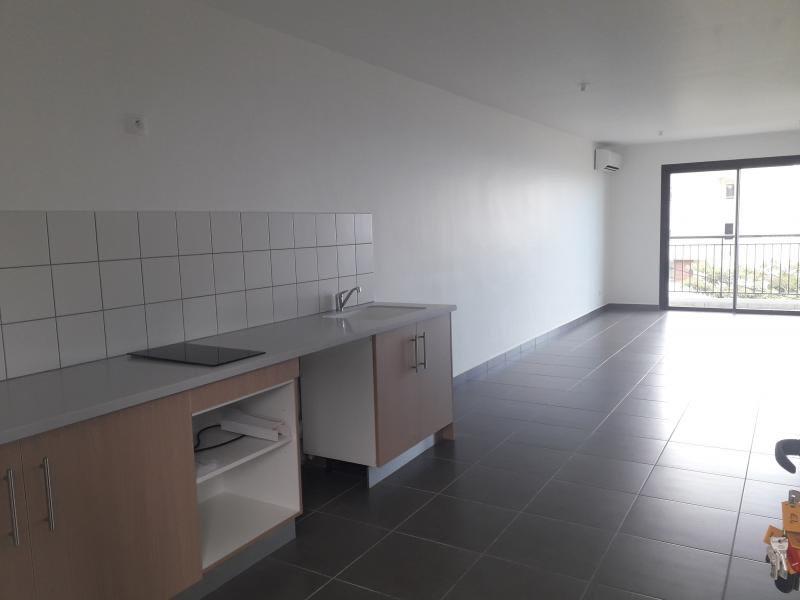 Location appartement St denis 655€ CC - Photo 3
