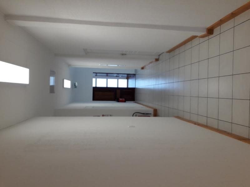 Location local commercial St pierre 1476,67€ HC - Photo 3