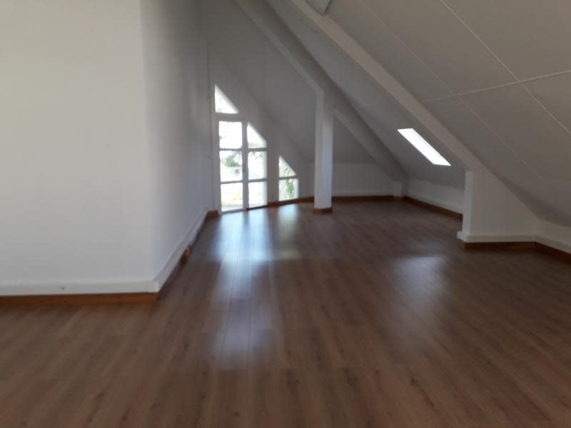 Rental office St pierre 7 600€ HC - Picture 2