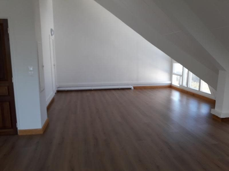 Rental office St pierre 7 600€ HC - Picture 5