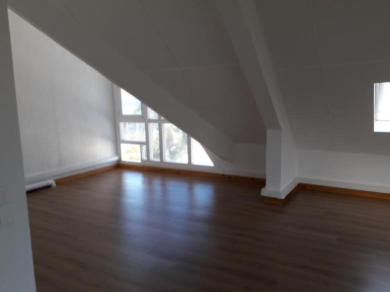 Rental office St pierre 7 600€ HC - Picture 6