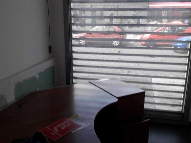 Location local commercial St louis 3000€ HC - Photo 3
