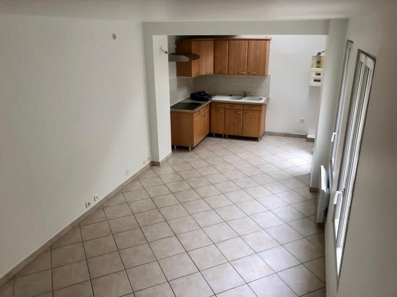 Location appartement Croissy sur seine 945€ CC - Photo 7